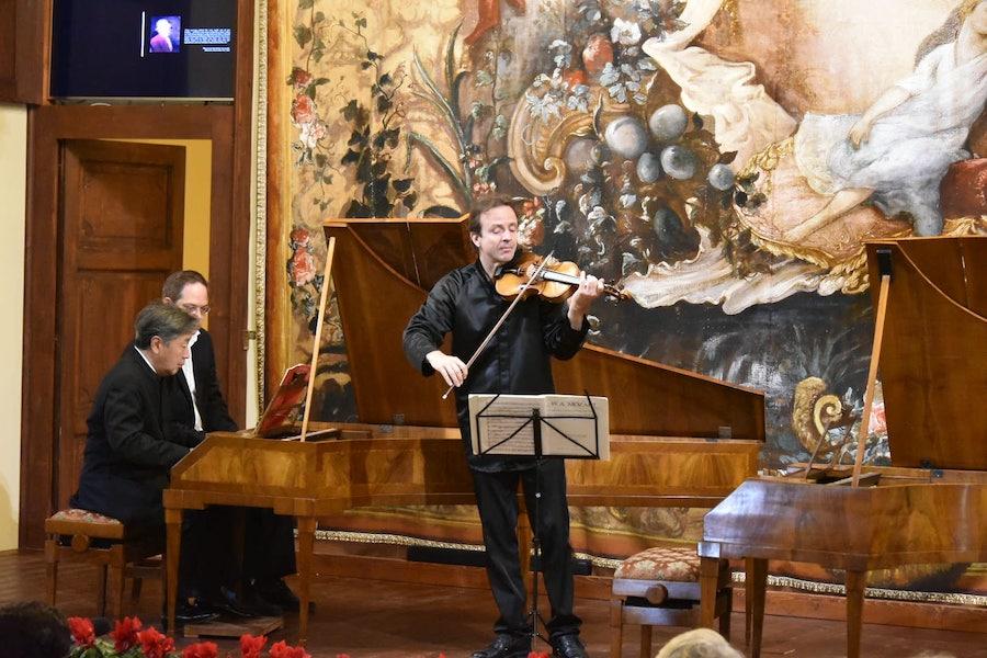 Il violino Costa appartenuto a Mozart con il Walter